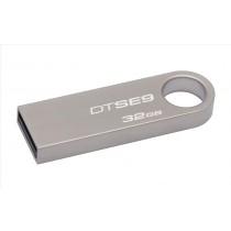 Kingston Technology DataTraveler SE9 32GB 32GB USB 2.0 Type-A Beige unità flash USB